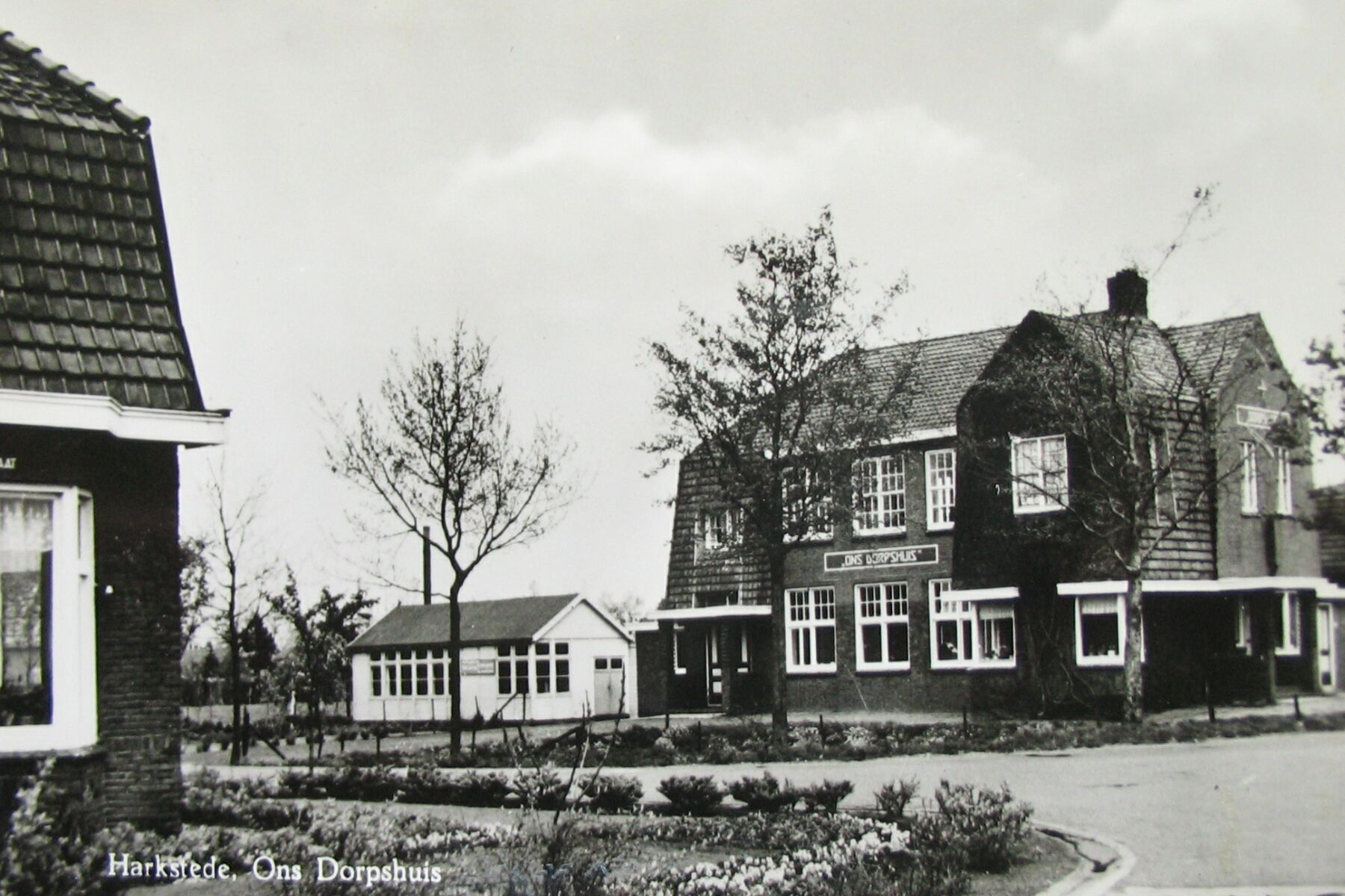 Harkstede, Dorpshuisweg 36 - Gereformeerde Kerk - Reliwiki
